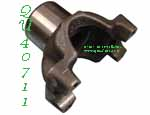 NP205 1410 series 32 spline output yoke